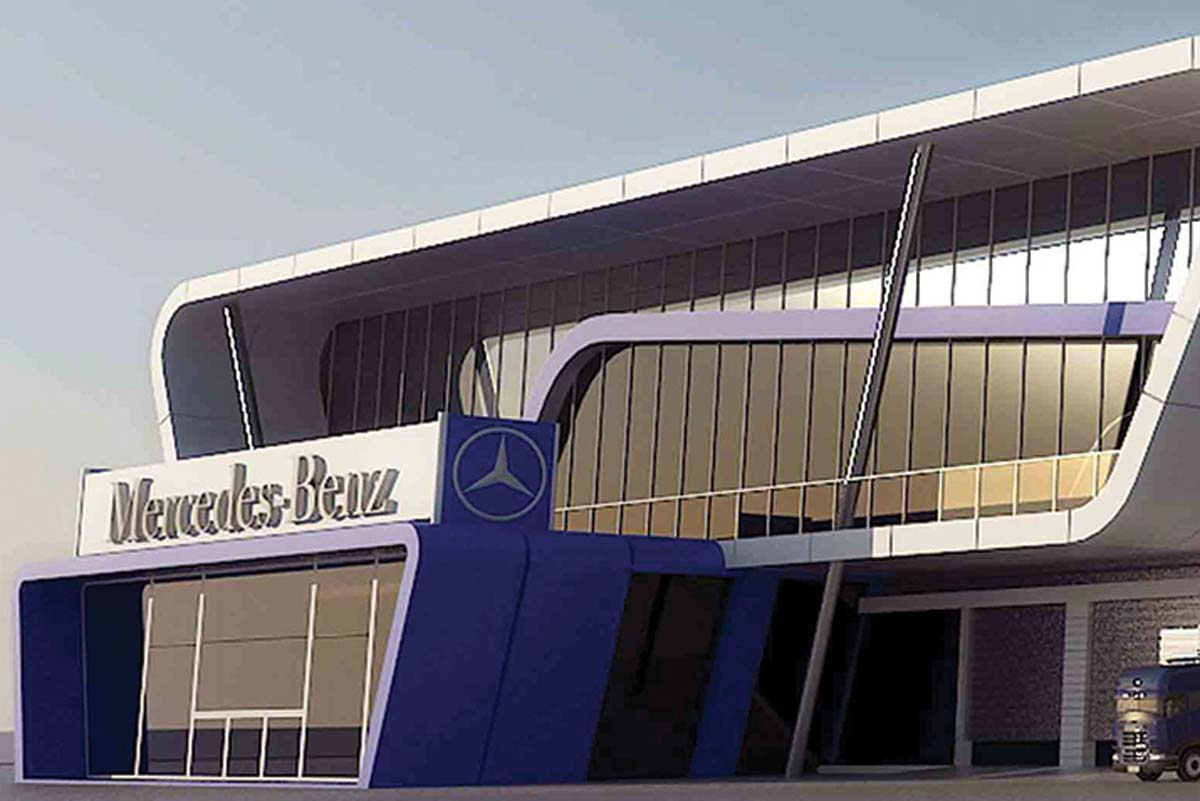 MERCEDES SHOWROOM